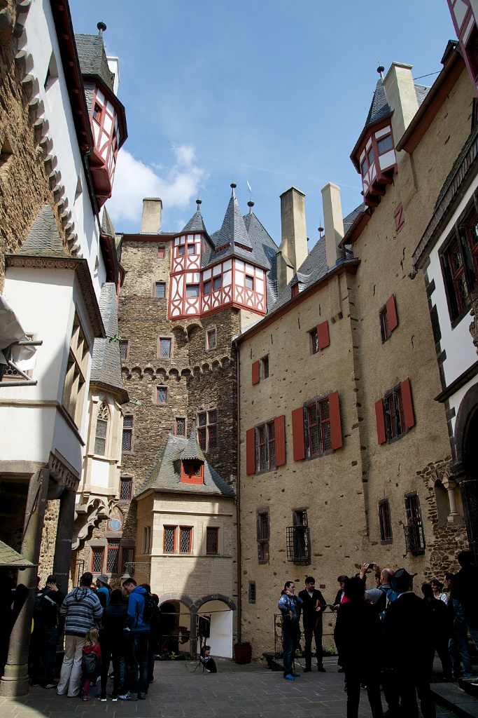 Things To Do In The Mosel Wine Region Visit Burg Eltz