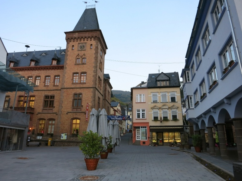 Map Of Zell Germany.Things To Do In The Mosel River Wine Region Visit Zell