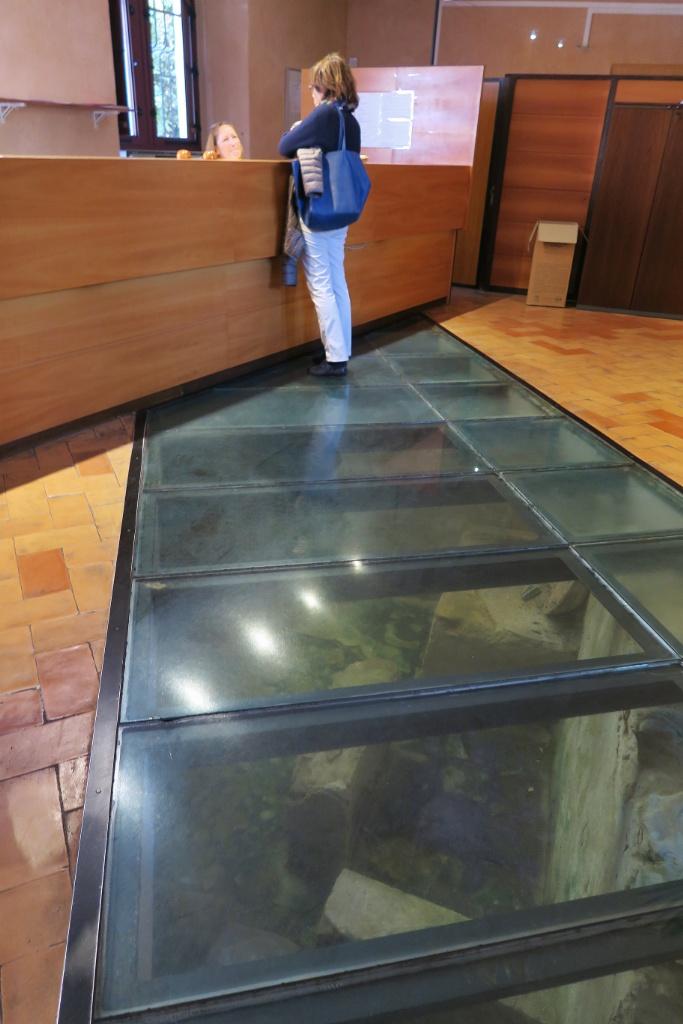 Hotel de Ville Glass Floor Cassis