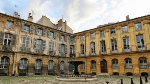 Place d'Albertas Aix en Provence France