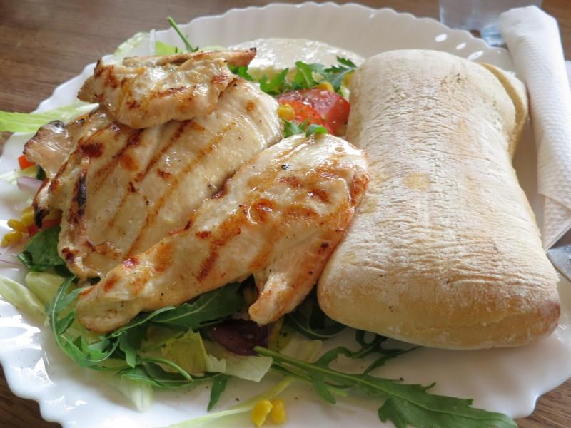 Grilled Chicken Filet at Broodje Bert