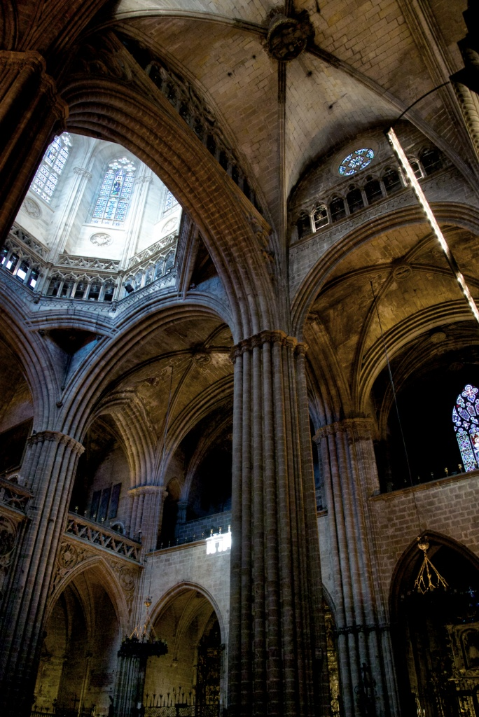Ceiling and Cimborio Barcelona Cathedral