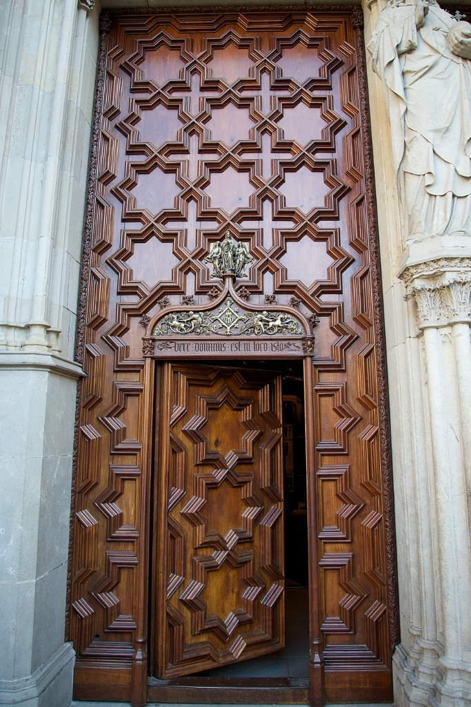Entrance Door Barcelona Cathedral