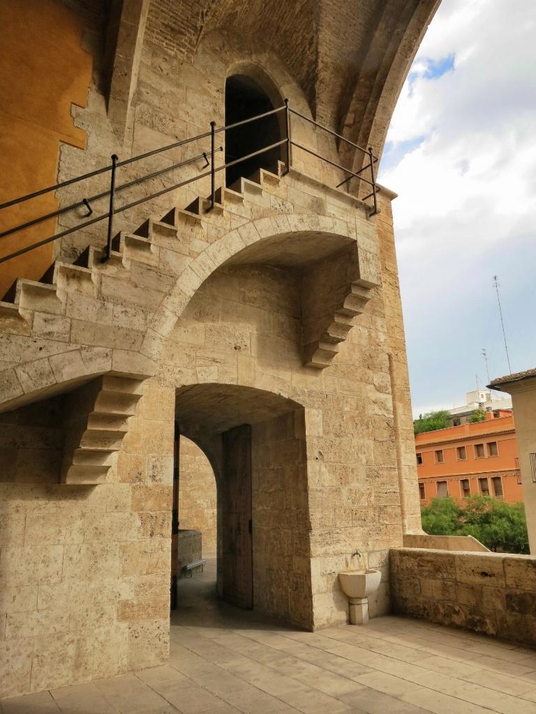 Torres De Quart Interior Valencia Spain Mikestravelguide Com