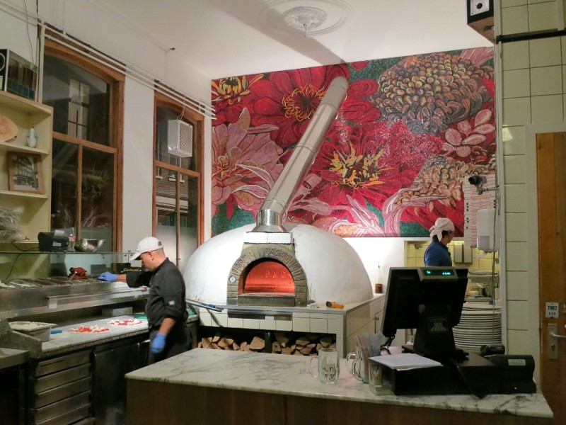 La Perla Wood Burning Pizza Oven Amsterdam Netherlands