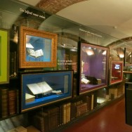 Historical Bibles Cromhouthuizen-Bijbels Museum Amsterdam