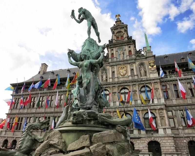 Brabo Fountain And City Hall Grote Markt Antwerp Belgium