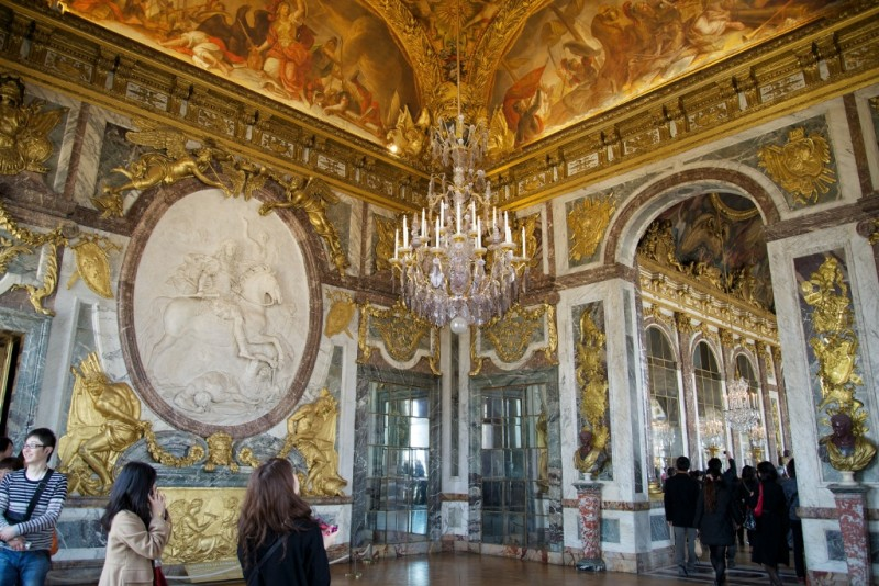 Salon of war chateau de versailles france for Salon de versailles
