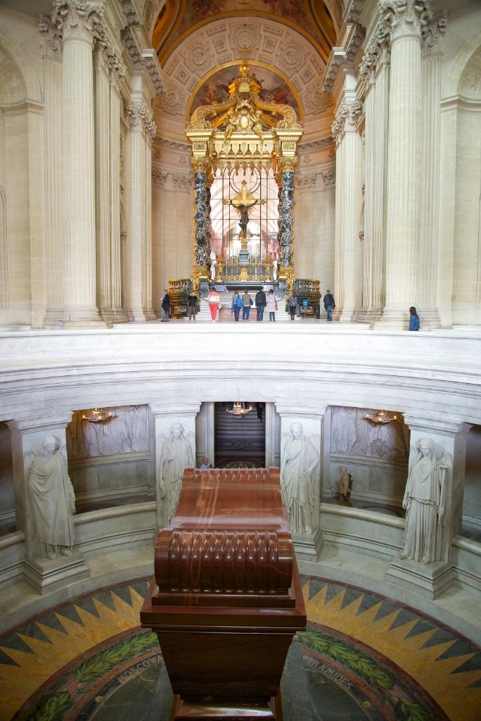 Tomb of Napoleon Bonaparte and Altar in Dome Chapel Musée de l'Armée Invalides Paris France