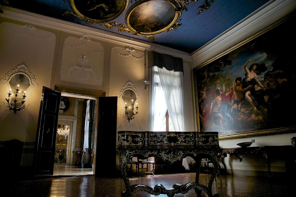 Lazzarini Room Ca Rezzonico Venice Italy