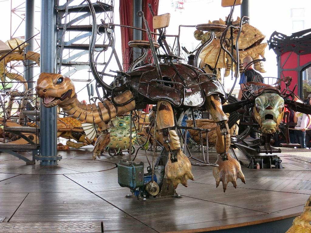 Tortoise ride le carrousel des mondes marins les machines de l le nantes france - Le carrousel des mondes marins ...