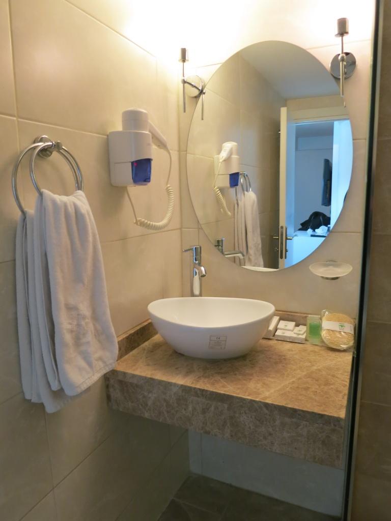 Bathroom Taksim Life Hotel Istanbul Turkey