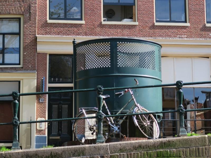 Sidewalk Urinal Amsterdam
