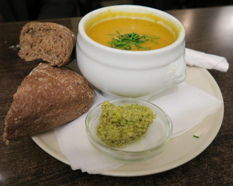 Pumpkin Soup and Brown Bread Singel 404 Amsterdam