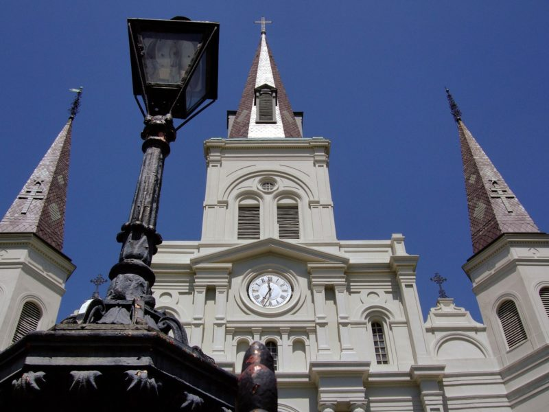 things to do in new orleans visit saint louis cathedral