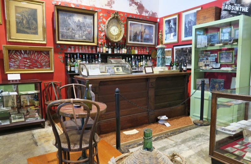 Things to do in nola the southern food beverage museum for Food bar new orleans