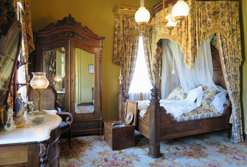 Things to do near new orleans see san francisco plantation for New stuff to do in bed