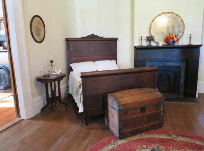 Bedroom with Fireplace St Joseph Plantation