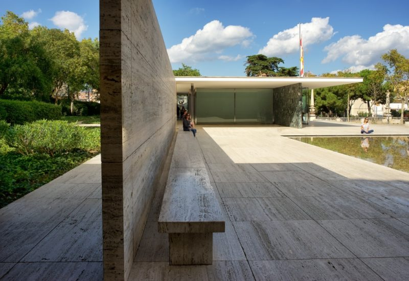 Things To See In Barcelona The Mies Van Der Rohe Pavilion