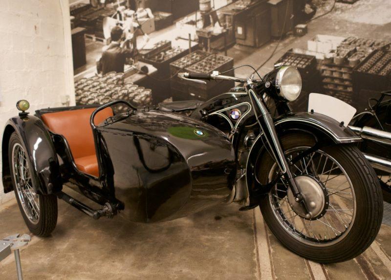 BMW R12 with Sidecar Museu Moto Barcelona