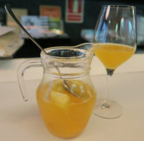Great tapas places in barcelona for Cava sangria