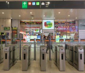 vliegveld rome shops