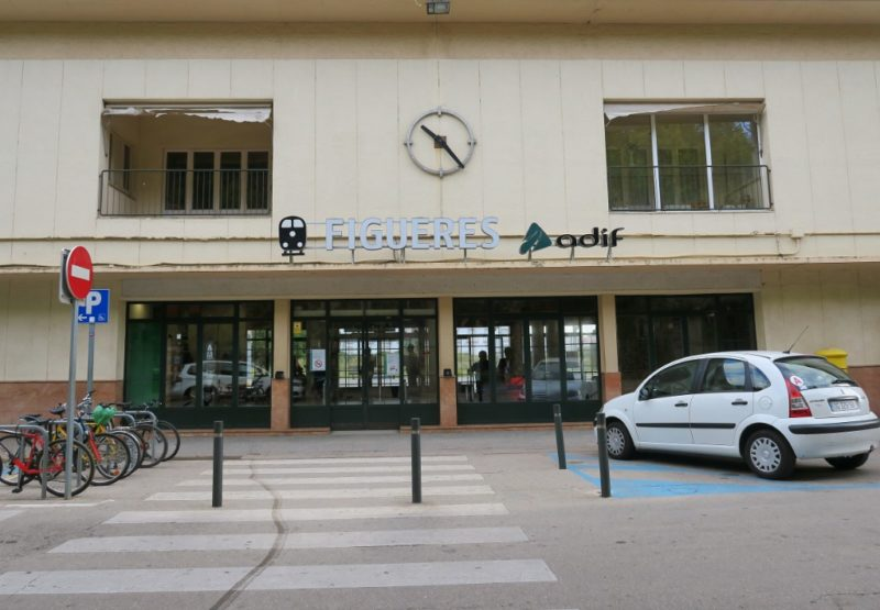 Figueres Train Station Exterior