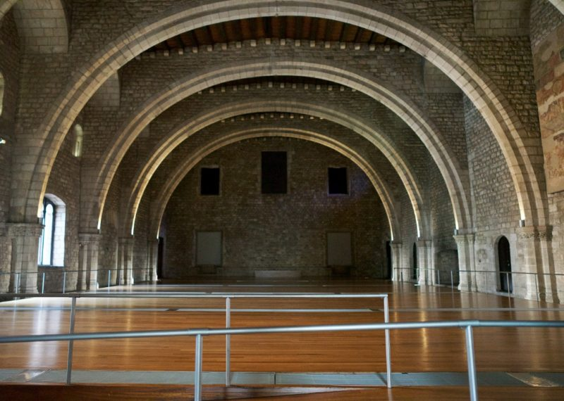 Salo del Tinell MUHBA Placa del Rei Barcelona