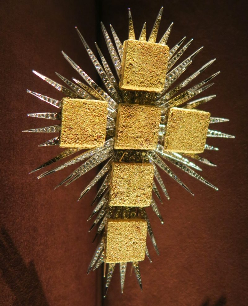 The Gold Cube Cross Dali Jewels Figueres Spain