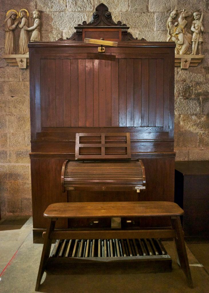 Wooden Organ Saint Peter Figueres Spain