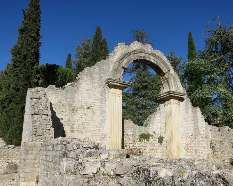 Roman Archway La Villasse Vaison la Romaine France