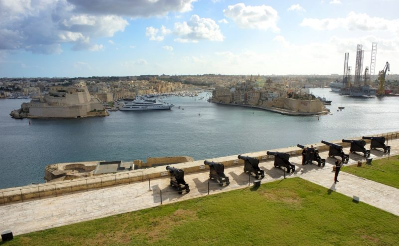 Garden Centre: Free Things To Do In Malta Upper And Lower Barrakka Gardens