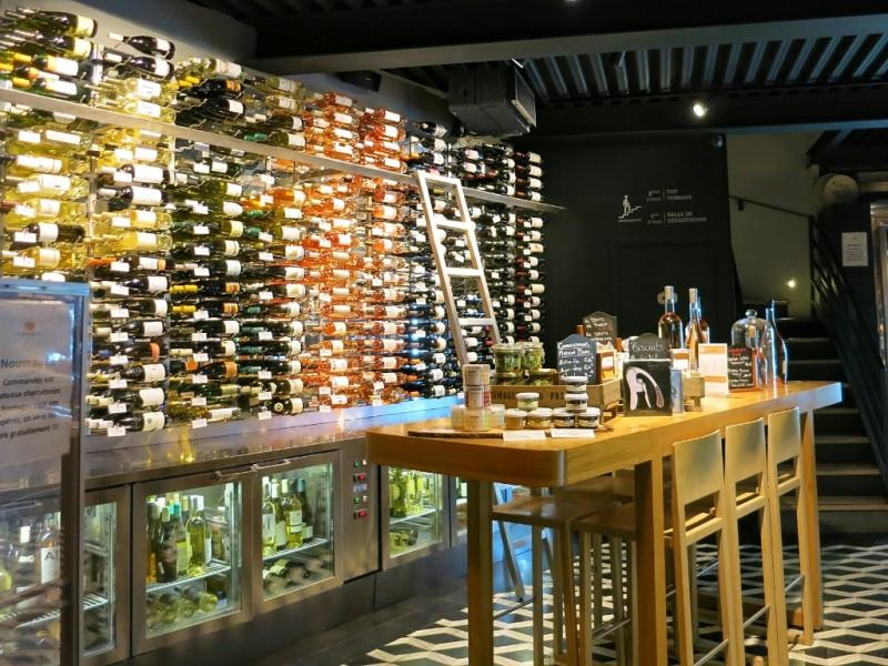 Wines Cave La Fromagerie Du Passage Aix En Provence France